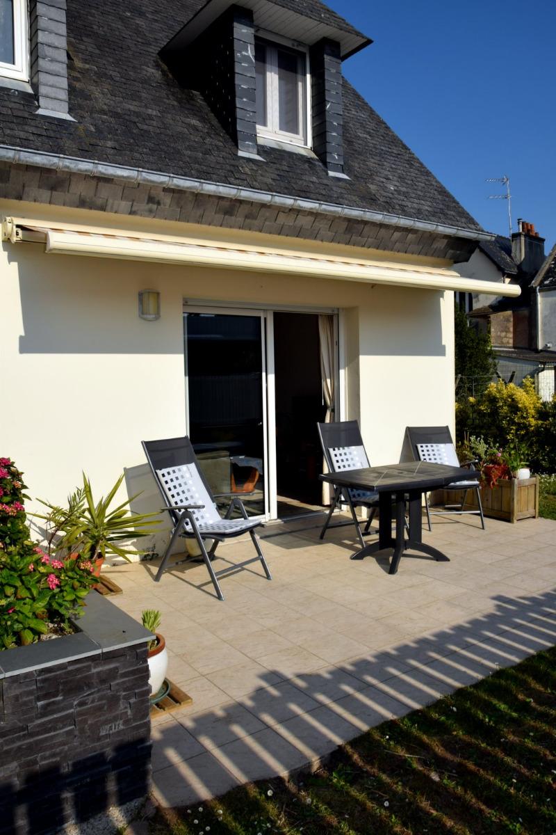 terrasse et chambres côté entrée Ouest - Location de vacances - Quiberon
