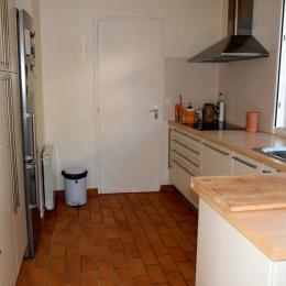 cuisine aménagée équipée - Location de vacances - Quiberon