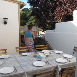 salle manger eextérieur - Location de vacances - Le Palais