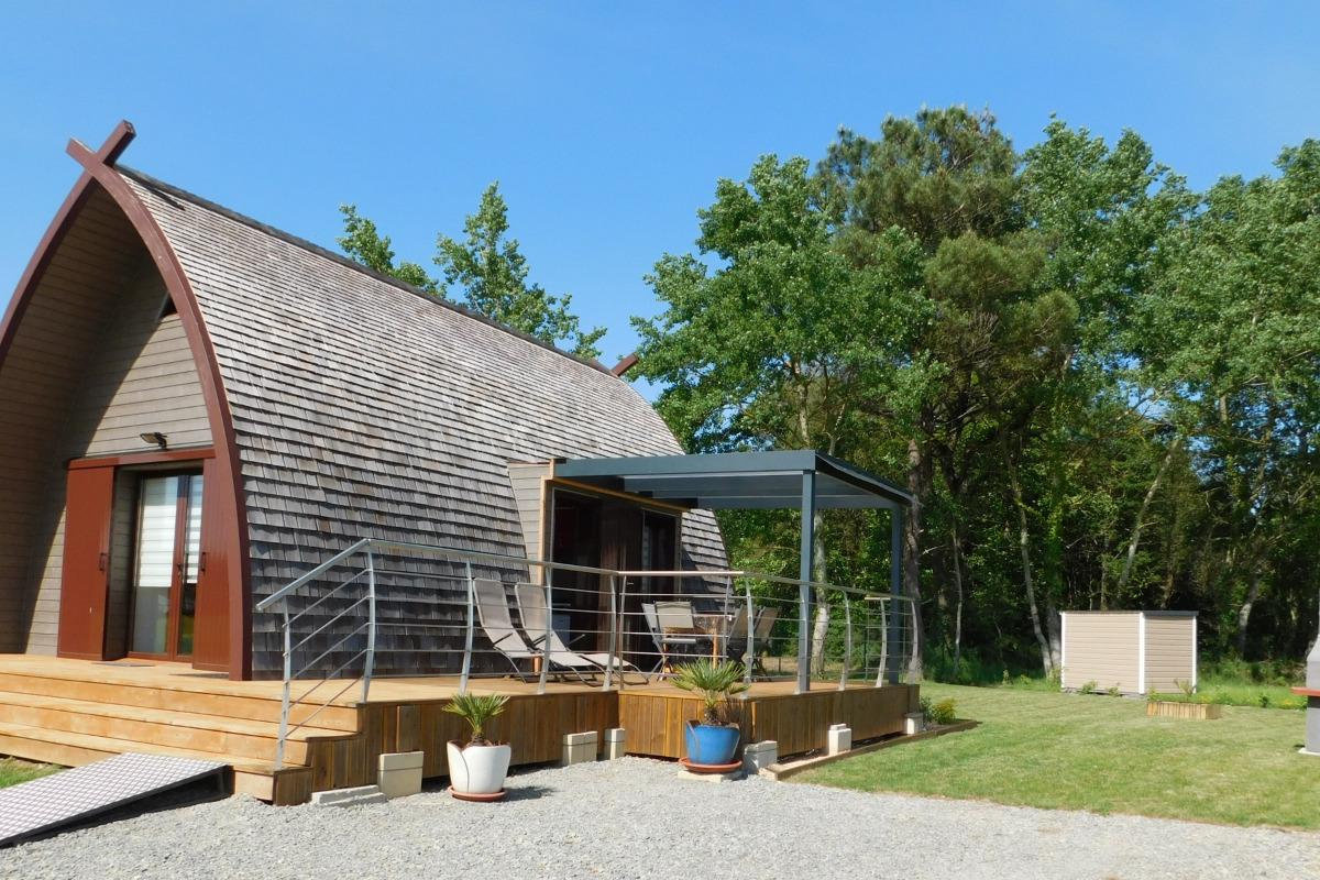 Grand chalet bois avec jardin 400m² - Location de vacances - Marzan