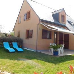 Maison, jardin clos, terrasse salon de jardin store banne - Location de vacances - Guidel