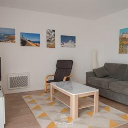 Le Séjour avec canapé confort transformable lit 140 - Location de vacances - Sarzeau