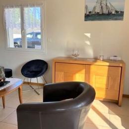 salon avec couchage 140 - Location de vacances - Landévant