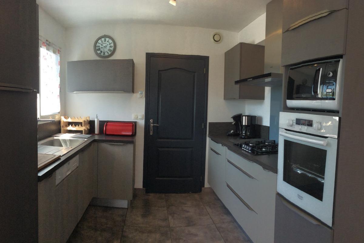 La cuisine - Location de vacances - Plouhinec