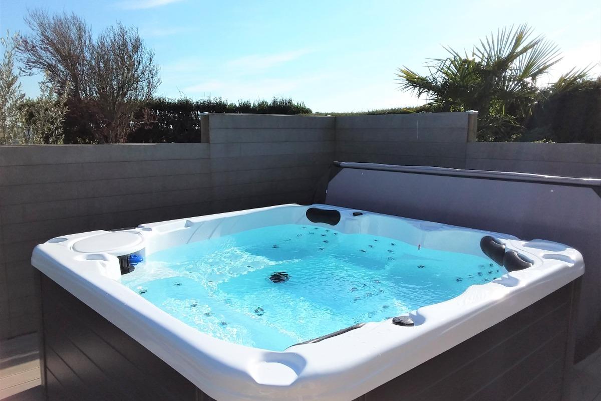 Façade sud et jardin - Location de vacances - Plouhinec