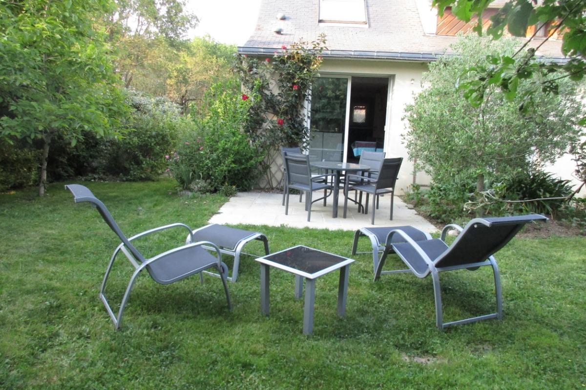 Le jardin et la terrasse - Location de vacances - Séné