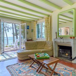 La salle à manger - Location de vacances - Larmor-Baden
