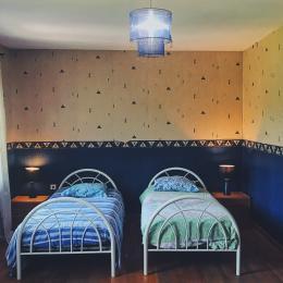 Chambre d'enfants - deux lits simples - Location de vacances - Luttange
