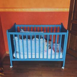 Grande chambre - lit pour bébé - Location de vacances - Luttange