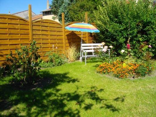 un coin du jardin - Location de vacances - Pontpierre
