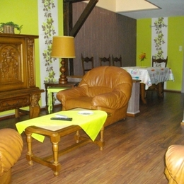 salon-séjour - Location de vacances - Pontpierre