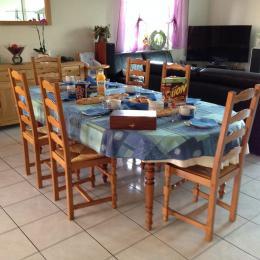 La salle à manger - Chambre d'hôtes - Xouaxange