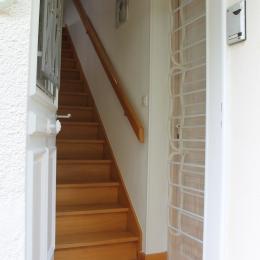 Escalier d'accès au logement - Location de vacances - Norroy-le-Veneur