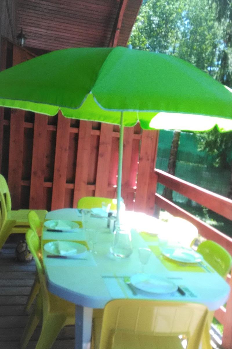 Salle à manger / salon  - Location de vacances - Moux-en-Morvan