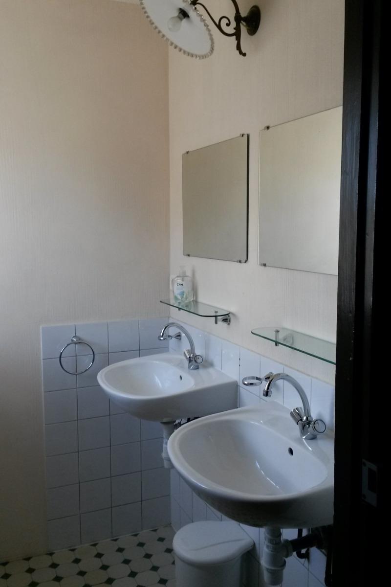 2 x lavabo - Chambre d'hôtes - Blismes