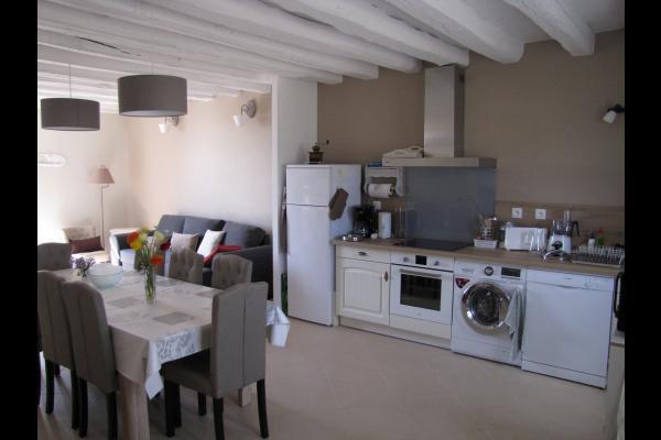 Les Oiseaux - la cuisine aménagée - Location de vacances - Raveau