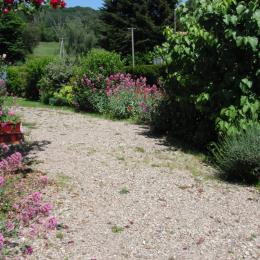 Terrasse et jardin - Location de vacances - Blismes