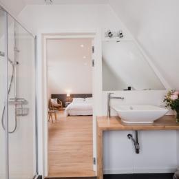 Salle de bain de la suite parentale le courlis de cendré - Chambre d'hôtes - Bray-Dunes