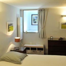 La Valériane- Grasse, la chambre - Location de vacances - Grasse
