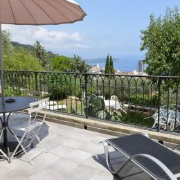 Mas d'Angeline Beausoleil Appartement le Cactus 25m² Vue Monaco et Mer /Terrasse - Location de vacances - Beausoleil