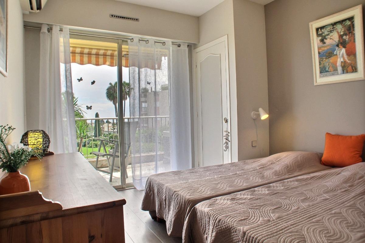 Chambre vue mer - Location de vacances - Antibes