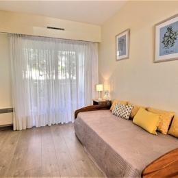 3ème chambre avec lit gigogne  - Location de vacances - Antibes