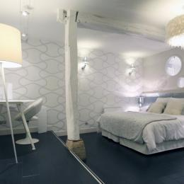 - Chambre d'hôtes - Tillé