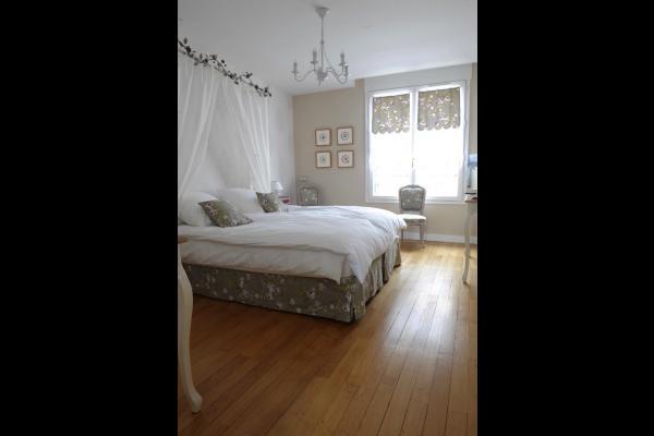 Délicieusement romantique, grande chambre avec antichambre, dressing. - Chambre d'hôtes - Beauvais