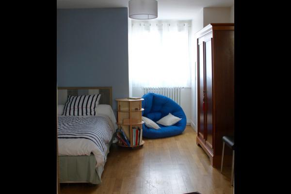 1ère Chambre communicante avec Séverine, 1 lit de 90*200 plus 1 lit d'appoint en 80*190 - Chambre d'hôtes - Beauvais