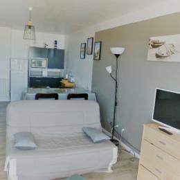 Salon avec vue sur l'Alcôve - Location de vacances - Wimereux
