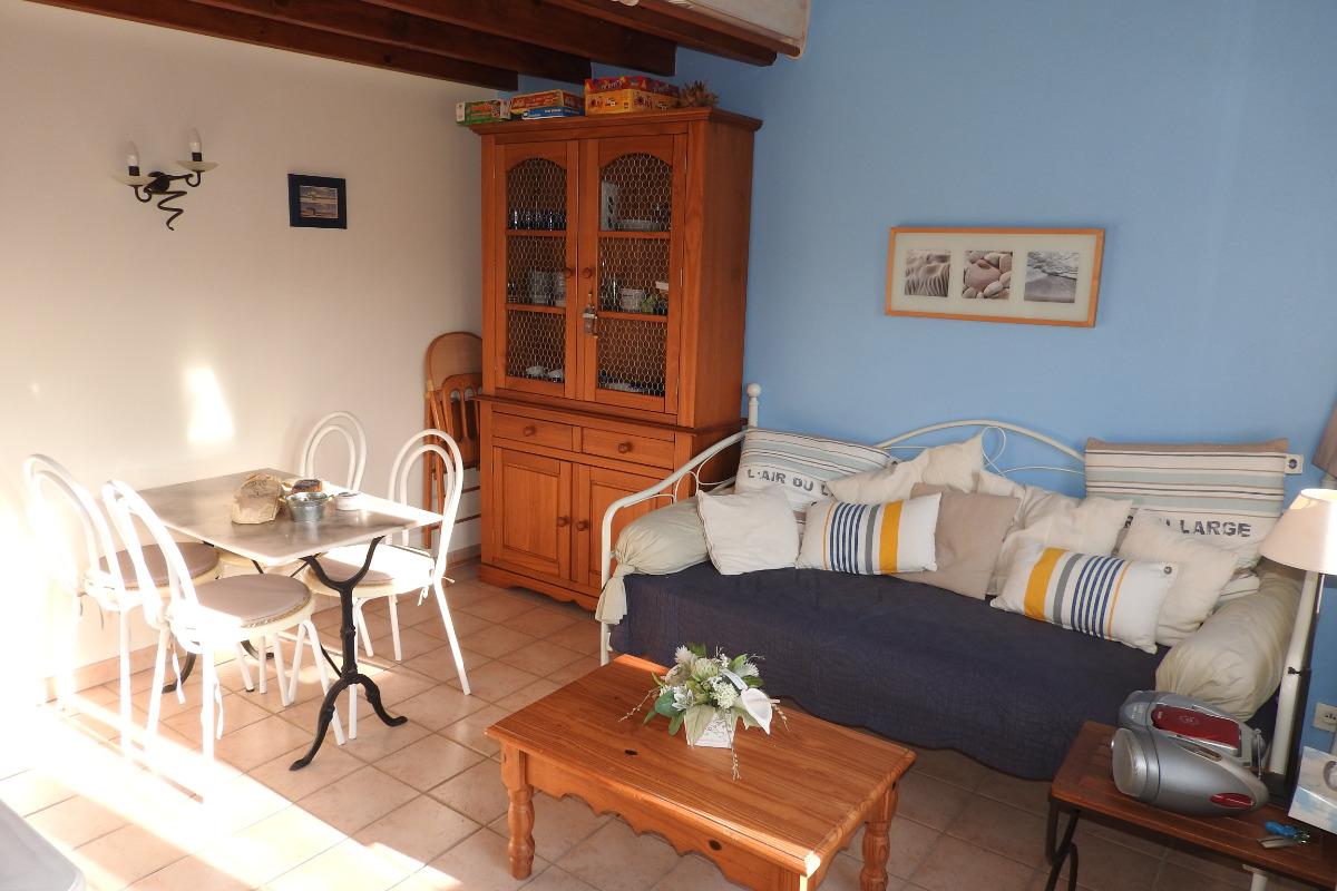 coin salon dans la pièce de jour - Location de vacances - Andres