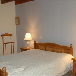 Chambre avec lit double - Location de vacances - Audrehem