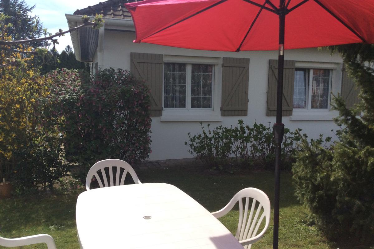 une partie du jardin - Location de vacances - Camiers