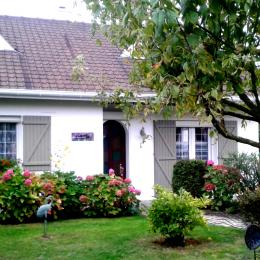 la maison avec appartement AU BON AIR - Location de vacances - Camiers