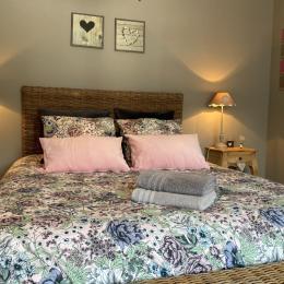 Chambre Lit King Size - Location de vacances - Stella Plage