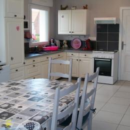 Salon avec poêle à bois - Location de vacances - Saint-Omer