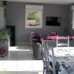 chambre RDC avec 1 lit de 160 cm - Location de vacances - Saint-Omer