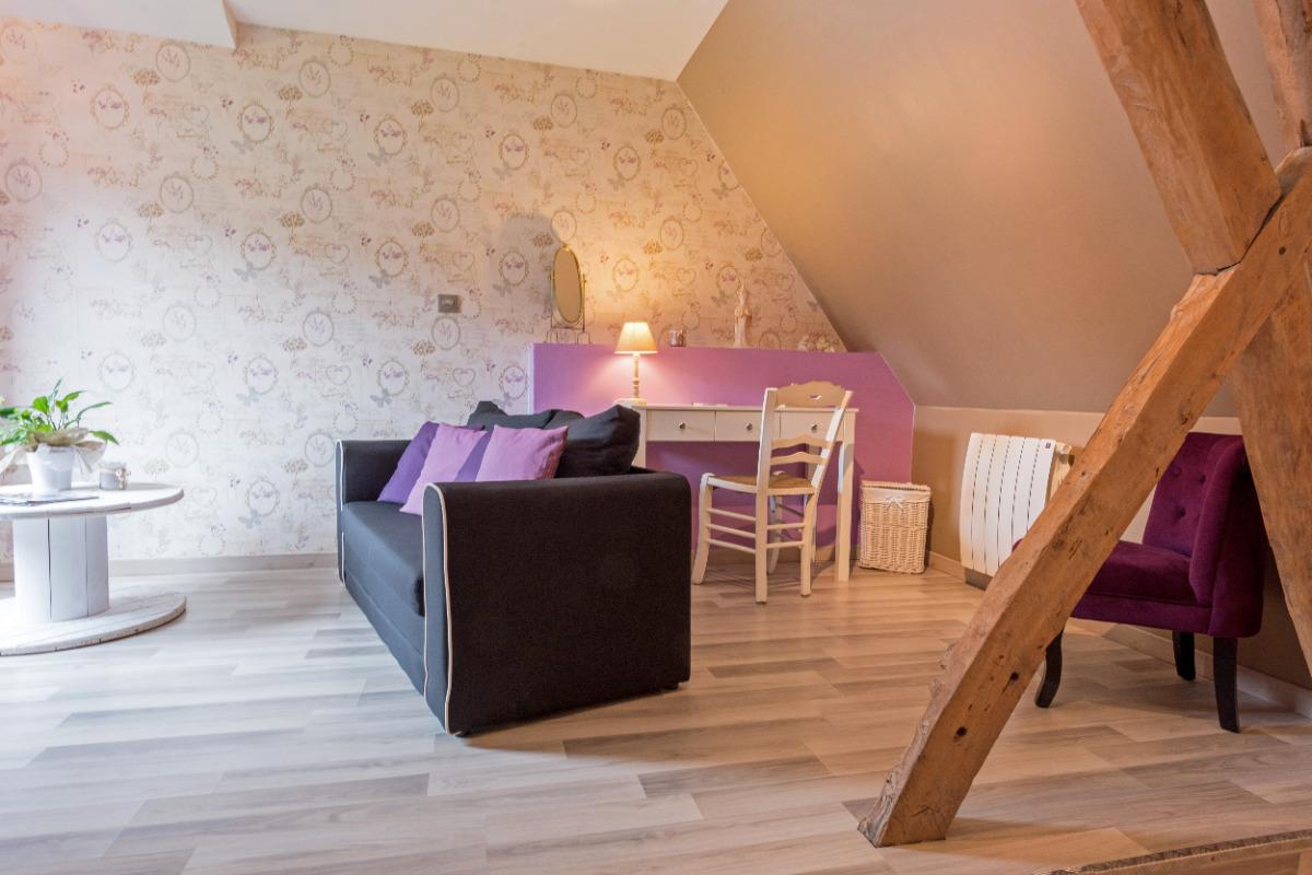 coté salon, bureau - Chambre d'hôtes - Liettres