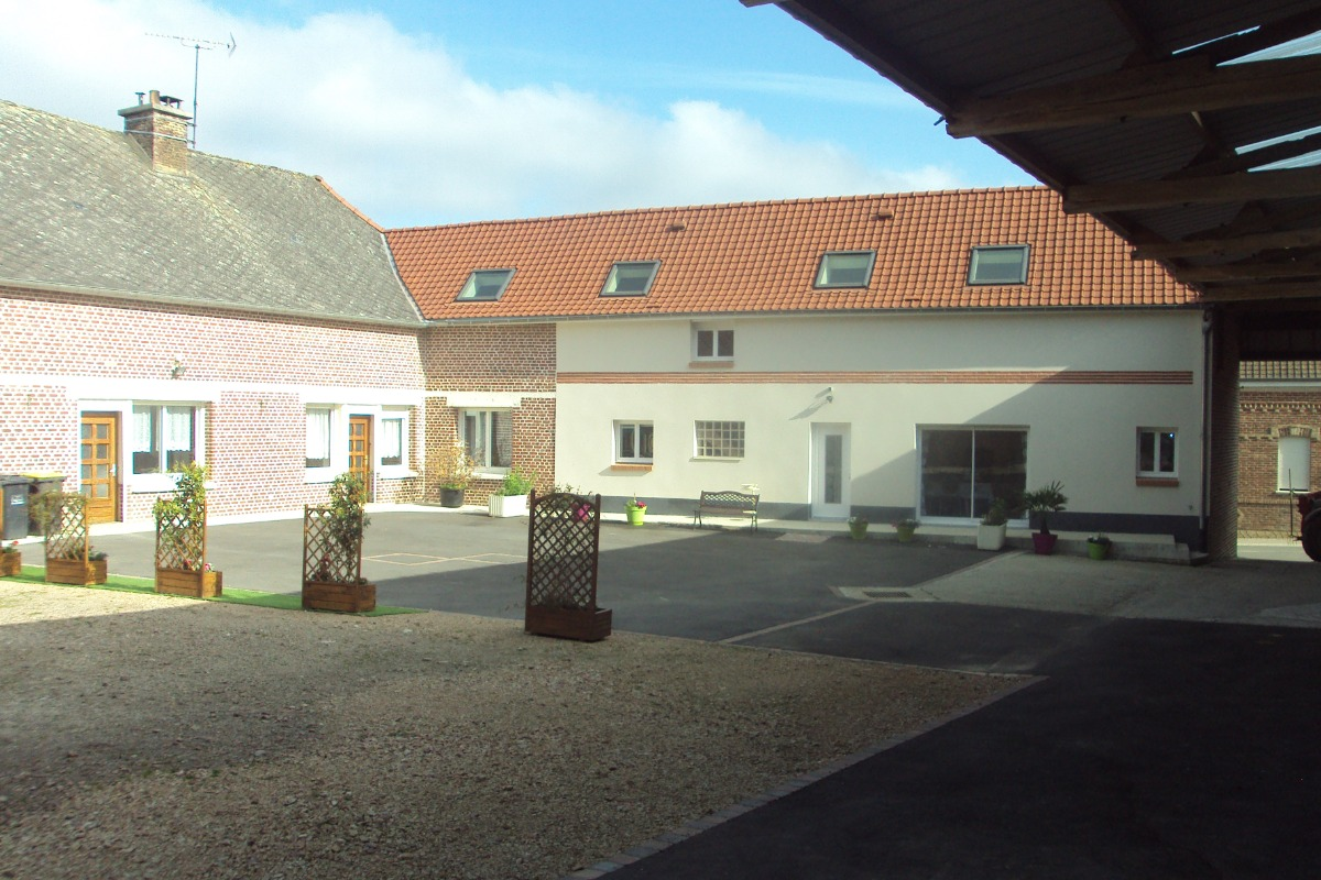 Entrée gîte - Location de vacances - Nuncq-Hautecôte