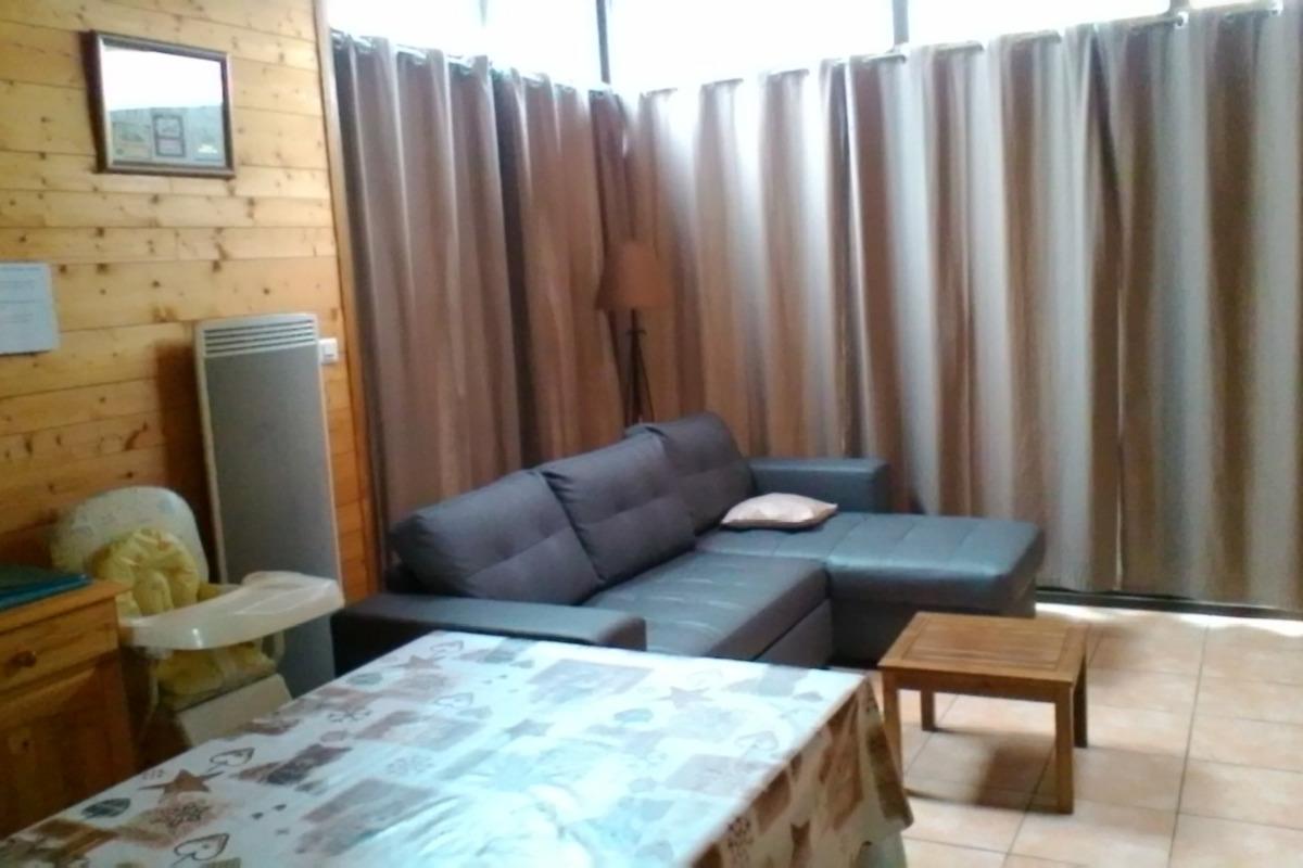 Salon - Séjour - Location d'une maison dans le massif du Sancy Parc des Volcans d'Auvergne - Location de vacances - Besse-et-Saint-Anastaise