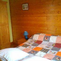 Chambre double - Location de vacances - Besse-et-Saint-Anastaise