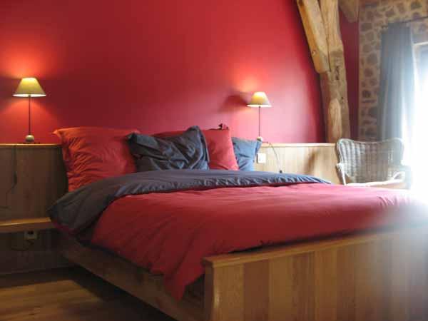 Venez vous ressourcer dans cette chambre d'hôtes en Auvergne ! - Chambre d'hôtes - Charensat