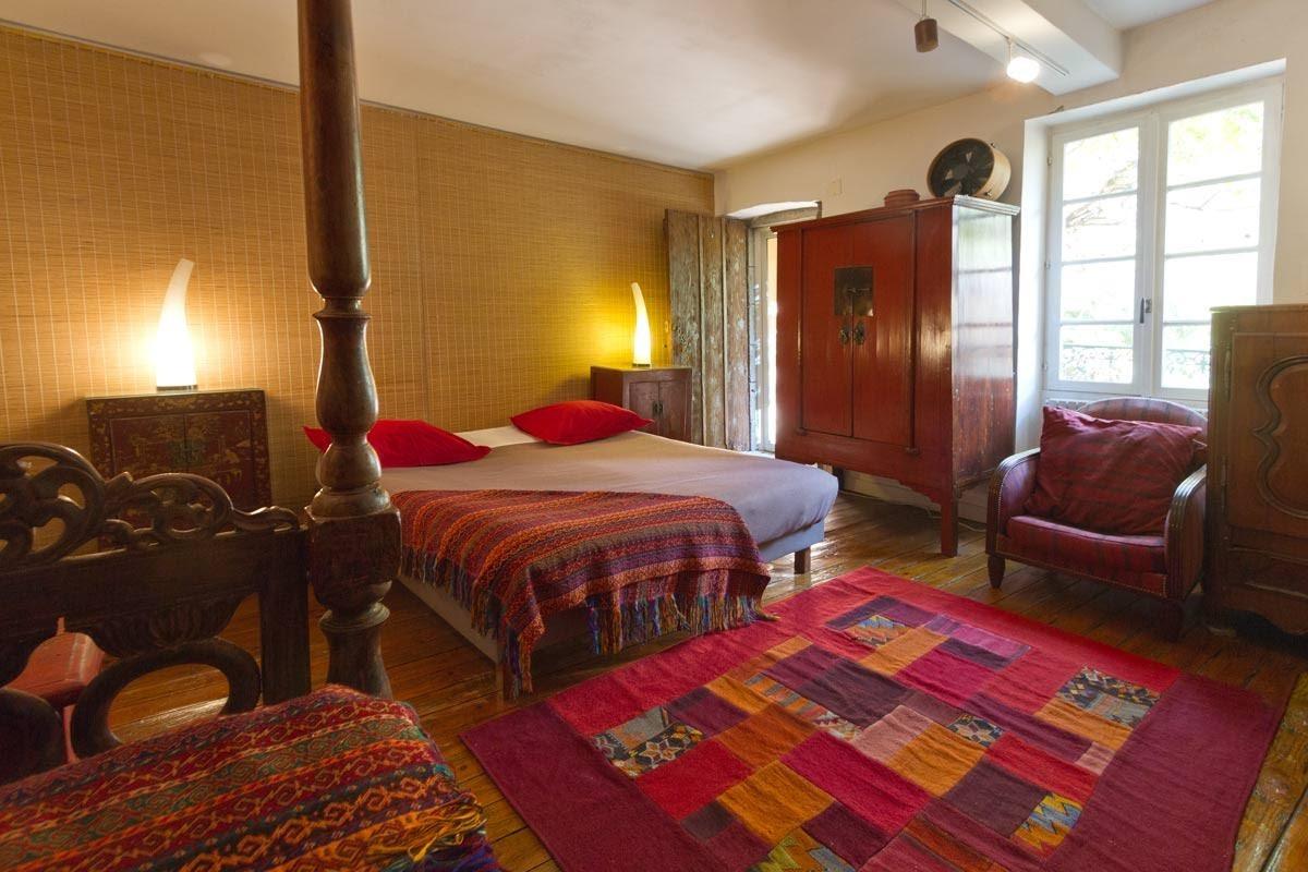 Chambre Phimai, la familiale - Chambre d'hôtes - Clermont-Ferrand