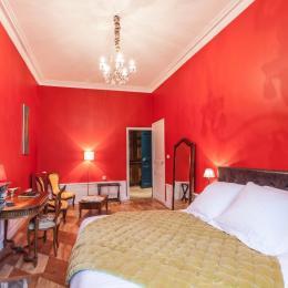 Chambre colorée avec coin salon - Chambre d'hôtes - Lezoux