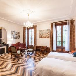 lit king size 180 x 200 - Chambre d'hôtes parfaite pour couple, famille ou déplacement professionnel proche Clermont Ferrand et Vichy - Chambre d'hôte - Lezoux