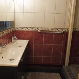salle de bain - Location de vacances - Royat
