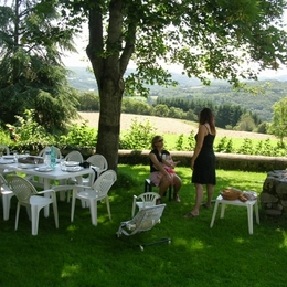 le jardin - Location de vacances - Châteauneuf-les-Bains