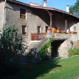 Gîte Chez Marie St Flour L'Etang - Location de vacances - Saint-Flour
