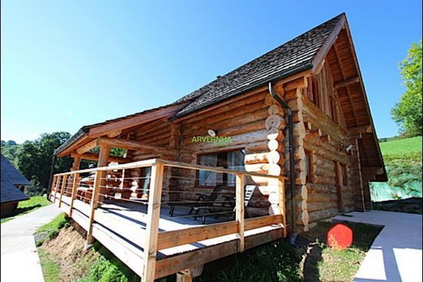 Le Chalet Le Mont Cinère est aménagé grand confort proxmité Lac de Chambon (Auvergne) - Location de vacances - Chambon-sur-Lac