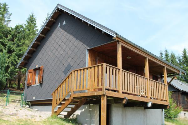 Le chalet - Chalet indépendant 1100m d'altitude à 5km de La Bourboule - Location de vacances - Murat-le-Quaire
